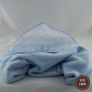 capa-de-baño-azul