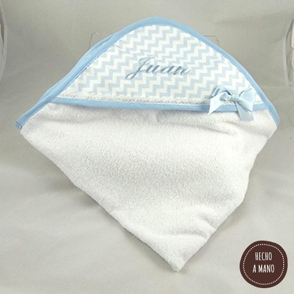 capa-de-baño-zigzag-azul-bordada