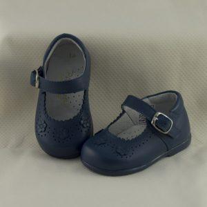 mercedita-niña-azul-azafata
