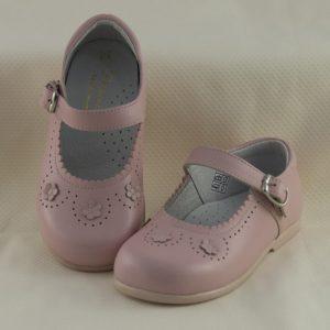 mercedita-niña-rosa