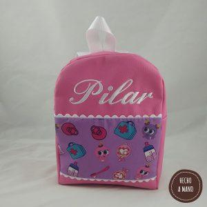 mochila-rosa-chicle-hecha-a-mano-1