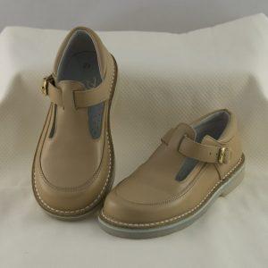 zapato-hebilla-unisex-camel