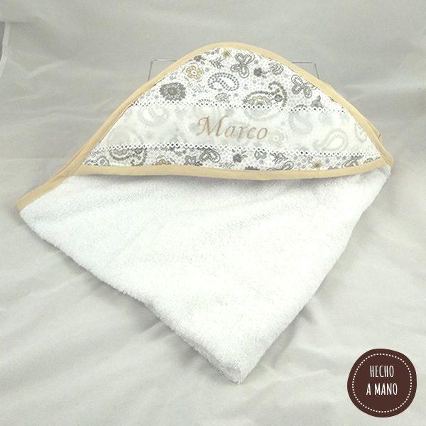 capa-de-baño-blanca-modelo-cachemir