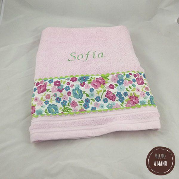 toalla-rosa-flores