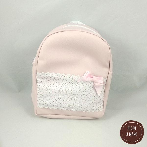 mochila-piel-rosa-modelo-estrellitas